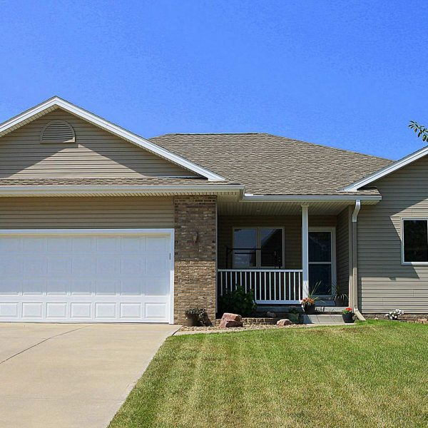 Find Your Perfect Home in Millard Park South